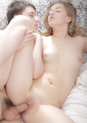 Free Teen Passionate Sex Porn Pictures